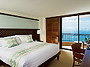 A Night in a Lahaina Kai Guest Room